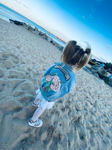 Kids Denim Jackets for Girls Baby Flower Embroidery Coats Spring Autumn Fashion Child Kids Outwear Ripped Jeans Jackets Jean photo review