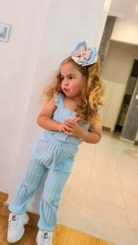 Girl's Two Piece Set Summer 2021, Children's Ribbed Knit Vest Solid Color Flying Sleeve Tops Elastic Waistband Trousers photo review